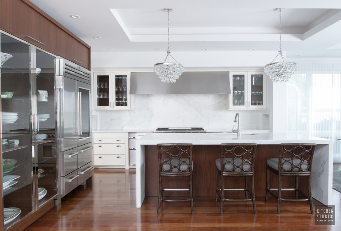 Clear Lake, Iowa Home - Kitchen Studio: Kansas City